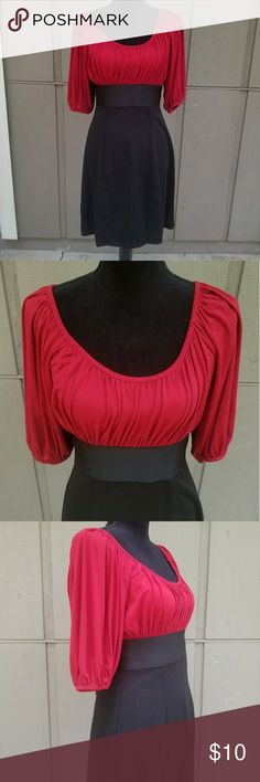 Size Large Sophie Max Red & Black Dress Ladies size large Sophie Max red and black dress with loose fitting top. Also with banded waist and fitted bottom. Measurements available upon request, modeled on a size small mannequin. Sophie Max Dresses Midi