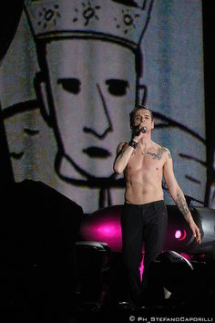 Depeche Mode live in Rome - Dave Gahan by caporilli, via Flickr