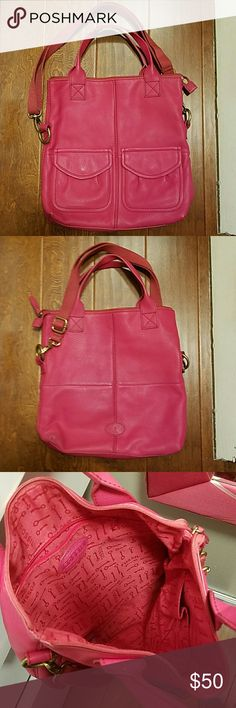 Pink fossil crossbody Pink fossil crossbody with adjustable strap can also be a shoulder bag comes with little fossil card  Will take offers Fcfs no holds Fossil Bags Crossbody Bags