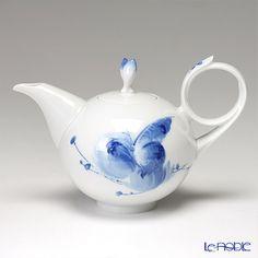 Meissen Tea Pot