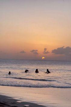 Beach Aesthetic, Summer Aesthetic, Travel Aesthetic, Flower Aesthetic, Summer Feeling, Summer Vibes, Summer Nights, Fotojournalismus, Shotting Photo