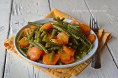 Insalata fagiolini e carote un contorno di stagione adatto per accompagnare carne o pesce Green Beans, Carrots, Salads, Food And Drink, Gluten Free, Carne, Vegetables, Recipes, Menu