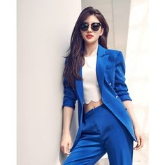 Miss-A Suzy - Style Icons - Miss A Suzy - Carin 2016 … korean sexy, korean sexy female dance, korean se. Miss A Suzy, Korean Celebrities, Korean Actresses, Korean Outfits, Beautiful Asian Girls, Asian Style, Korean Beauty, Asian Fashion, Kpop Girls