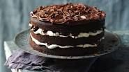 Black Forest gâteau--Rich with fruit, chocolate and cream, this classic still has a place on our tables. This recipe uses dried sour cherries, but you can substitute good quality bottled ones. Food Cakes, Chocolates, Nutella, Cherry Topping, Hairy Bikers, Black Forest Cake, Sour Cherry, Cake Tins, Recipe Using