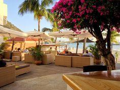 Review of the Holland House Beach Hotel: Philipsburg, St. Maarten