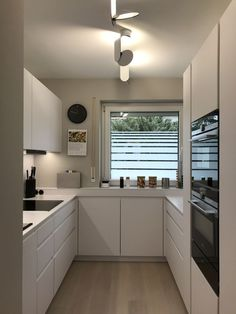 Küche Beautify Your Garden With A Bridge A good way to start the morning is to have a nice walk appr Kitchen Room Design, Kitchen Cabinet Design, Modern Kitchen Design, Kitchen Layout, Home Decor Kitchen, Interior Design Kitchen, Kitchen Furniture, Home Kitchens, Home Design Decor