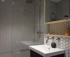 The combination of ply and hexagonal tiles keeps this bathroom interesting. Florida Houses, Hexagon Tiles, Bathrooms, Sink, Interior, Projects, Design, Home Decor, Sink Tops