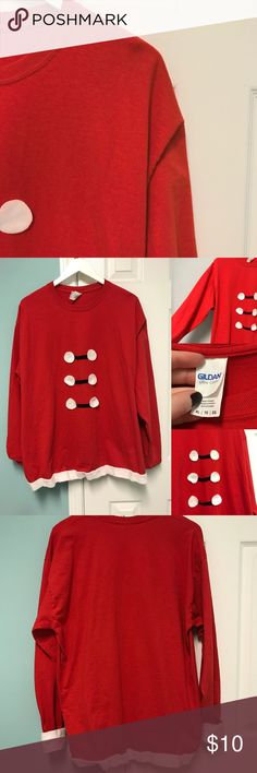 ••Handmade Elf Shirt•• Excellent Condition. Great for Christmas parties/events! Handmade and worn once! If you'd like to make an offer use the offer button. If you have any questions please ask! Fits a Large well—purchased XL for leggings! Gildan Tops Tees - Long Sleeve