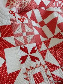 A Quilting Life - a quilt blog: Some Favorite Christmas Quilts