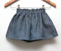 Girls ruffle culottes in denim blue soft linen by ZanziBach, €25.00