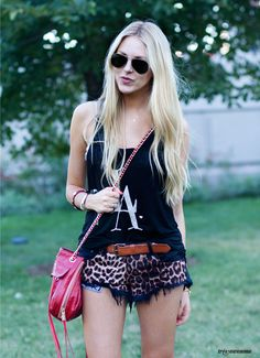Shea Marie Très Awesome ♥ Chicago Street Style: Lollapalooza 2012 - Cheyenne Meets Chanel