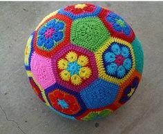 African Flowers - 09. Virkning - Textilhantverk iFokus