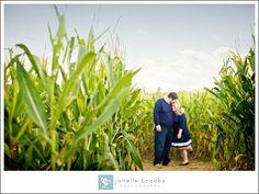 Melissa & Stephen's North Fork E-Session » Janelle Brooke Photography