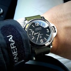 Love the look of the #Panerai PAM005 logo dial on the green Nato strap by @thefatts. Need that jacket in my life! #PaneraiCentral