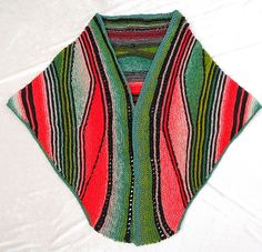 Das MATZAT-TUCH pattern by Petra Neumann-- learn swing short rows Knitting Short Rows, Knitting Stiches, Baby Knitting Patterns, Crochet Stitches, Hand Knitting, Freeform Crochet, Knit Crochet, Petra, Knit Art