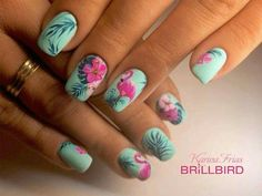 Want some ideas for wedding nail polish designs? This article is a collection of our favorite nail polish designs for your special day. Cute Summer Nails, Cute Nails, Pretty Nails, My Nails, Summer Beach Nails, Beach Nail Art, Bella Nails, Spring Nails, Beach Nail Designs