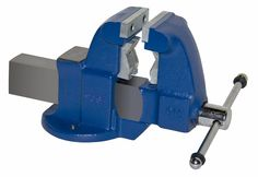 Pipe and Bench Vise Model 131c