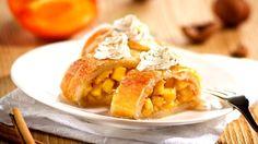 Zajímavá chuť ovoce kaki je skvělá i do českého tradičního moučníku, jakým je štrúdl. Překvapte své hosty nevšedním dezertem...