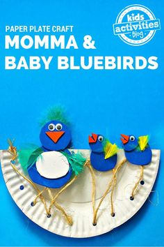 Momma and Baby Birds Paper Plate Craft for spring -- lacing practice when building the nest, shape recognition, color matching, so many ways to learn while making this fun project with your kids.