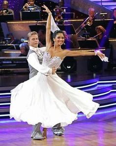 Derek Hough & Nicole Scherzinger- Dancing With the Stars  -   Season 10 champs  -  spring 2010