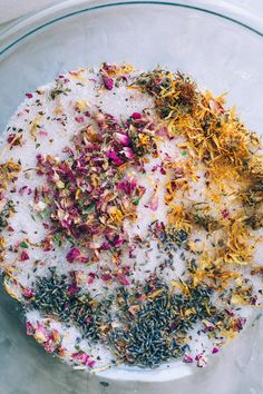 Bath Salt Blessings are a super easy DIY mixture that helps add a little magic to your bath along with replenishing you while soaking! Bath Recipes, No Salt Recipes, Diy Simple, Easy Diy, Spiritual Bath, Mountain Rose Herbs, Bath Tea, Manicure Y Pedicure, Home Made Soap
