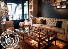 Encuetra la Mesa de centro Gala en nuestra Tienda Online www.ateliercentral.com.mx #livingroom #decoracion #espacio #sala #muebles