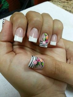 70 Trendy Spring Nail Designs are so perfect for this season Hope they can inspire you and read the article to get the gallery. Pretty Nail Art, Cute Nail Art, Nail Designs Spring, Nail Art Designs, Fancy Nails, Flower Nails, Perfect Nails, Spring Nails, Manicure And Pedicure