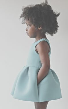 I'd love to see my baby girl in this! Fashion Kids, Little Girl Fashion, Womens Fashion, Diy Vetement, Stylish Kids, Kid Styles, Mode Inspiration, My Baby Girl, Little Princess