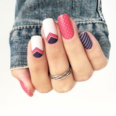 What manicure for what kind of nails? - My Nails Spring Nail Art, Spring Nails, Cute Nails, Pretty Nails, Hair And Nails, My Nails, Vintage Nails, Uñas Fashion, Cute Nail Art Designs