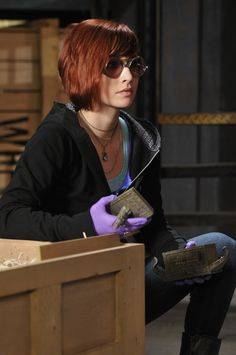 Warehouse 13 - Claudia Donovan (Allison Scagliotti) I really like this hair style, colour and cut, never really been a fan of short hair for myself and not sure if it would suit me, but I like it!