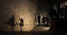 «La Grèce a échoué à construire un Etat moderne» Quand on est surendetté, il faut régler la dette et avoir une sorte de protection de survie mais certainement pas de continuation. Ce qui est vrai pour chacun de nous l'est aussi pour les états, et la France n'est pas exempte de dettes douteuses et excessives
