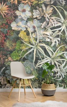 Botanical decor is one of the most talked about topics in the interior world at the moment and finding ways to bring all things botanical to your home interiors is a growing fascination. This collection of brilliantly botanical wallpaper murals creates an immersive and realistic vertical garden, blending your love for interiors with the outside world. #verticalgarden #homeandliving #livingwalls #livingwallwallpaper #interiordecor #ihavethisthingwithwalls #botanicalgardens…