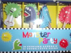 NEW MONSTER PARTY CUPCAKE DECORATING SET Paper Baking Cups Decorative Picks