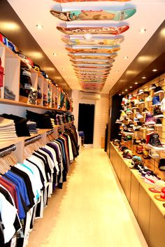 Retail inside 40' container...what an awesome idea @madisonavenuecloseouts.com