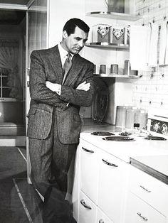 Cary Grant, effortlessly killin' it.