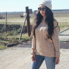 Sweater Weather in the Country #personalstyle #sweater #country #lifestyleblogger #ootd #wiwt #blog #newblogpost