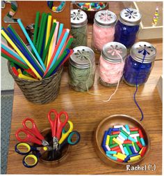 "Snipping & Threading Rainbow Straws Fine Motor Activity / ""Finger Gym"" (from Stimulating Learning with Rachel) Fine Motor Skills Development, Gross Motor Skills, Preschool Classroom, Preschool Art, Classroom Ideas, Play Based Learning, Early Learning, Motor Activities, Activities For Kids"