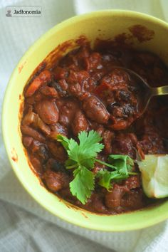 Vegetarian chili with dark chocolate