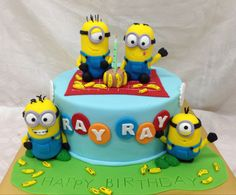 Minions Cakes - http://cakesmania.net/minions-cakes/