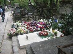 Tombe de Claude Chabrol, cinéaste, au Père-Lachaise