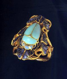 Pictures of Lalique jewels