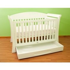 The modern elite collection is certain to compliment any #nursery with a 3 in 1 cot that converts to a junior bed and a sofa. Also available in the Elite Regal Range (sold separately) are the Chest & Changer.