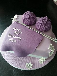 A cake for a lady who loves knitting.