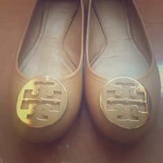 Tory Burch Royal Tan/Gold Reva Ballet Flat Tory Burch Reva ballet flat. Royal tan and gold. In great condition! Minimal wearing. Some scuffs on leather (pictured). Some wear on inside of flats. Minimal wearing on heels (pictured). Few tiny scratches on metal. Size 8.5 ⭐️ Tory Burch Shoes Flats & Loafers