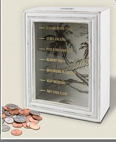 Creative DIY Shadow Box to Surprise Beloved Ones & Beautify Home Interior - Spardose ideen Savings Jar, Craft Projects, Projects To Try, Diy Shadow Box, Saving Ideas, Diy Gifts, Diy Home Decor, Decor Crafts, Diy And Crafts