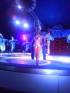 La Belleza del Roberts Internacional Circus.