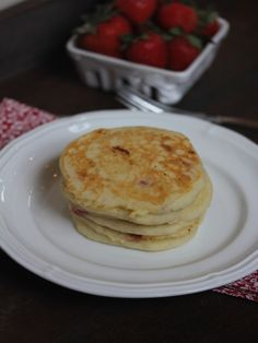 Gluten Free Strawberry Pancakes_