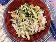 Receta | Ensalada de arroz, calabacín y espárragos - canalcocina.es