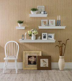 O segredo de um ambiente bem decorado não está apenas na escolha dos objetos, mas também na sua disposição.