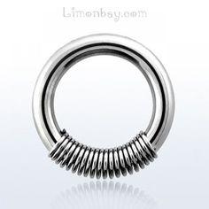 Anillo cerrado acero quirúrgico con muelle. Grosor: 1,6mm. Diámetro 12mm. Ideal para tu piercing de pezón, aunque también podrías usarlo en tu piercing de , 3.24
